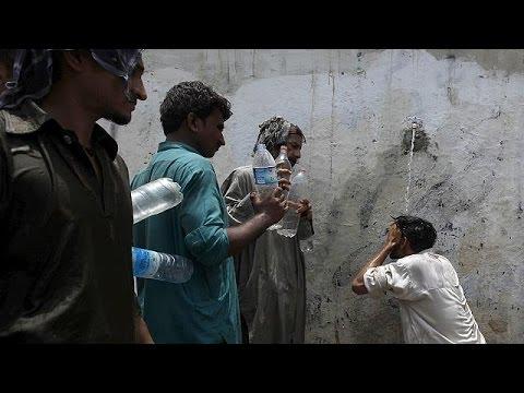 Πακιστάν: Σε τουλάχιστον 700 ο αριθμός των νεκρών από τον καύσωνα