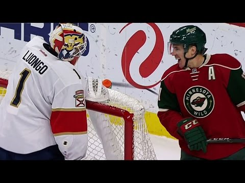 Video: Luongo goes all-in and must recover to make save on Parise