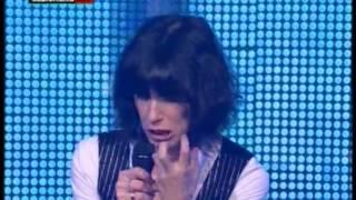 Download Lagu Giorgia - Radio Italia Live - (09) - Presentazione Band e Di Sole e D'Azzurro - 03 Febbraio 2012 Mp3