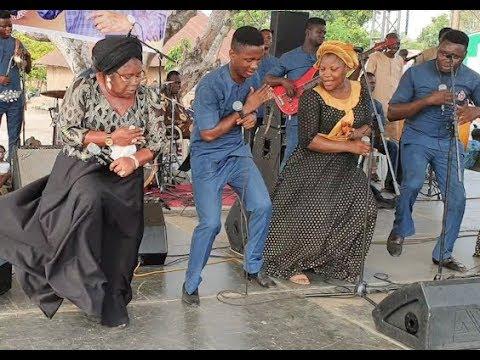 Esther Igbekele Dance Zanku Legwork(Gbe Body)Got People Screaming Taking At Ebenezer Obey Birthday
