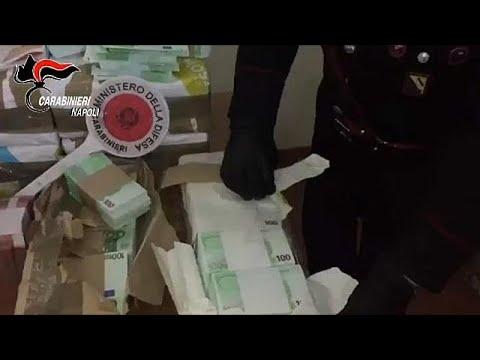 Ιταλία: Ετοιμάζονταν να ρίξουν εκατομμύρια πλαστά ευρώ στην αγορά…