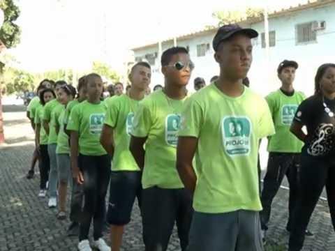 Colônia de férias em Resende leva aventura aos participantes