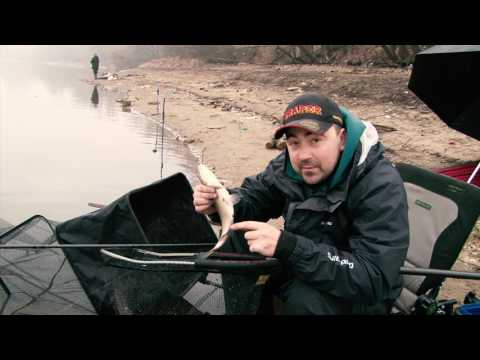 Ловля леща ранней весной (видео)