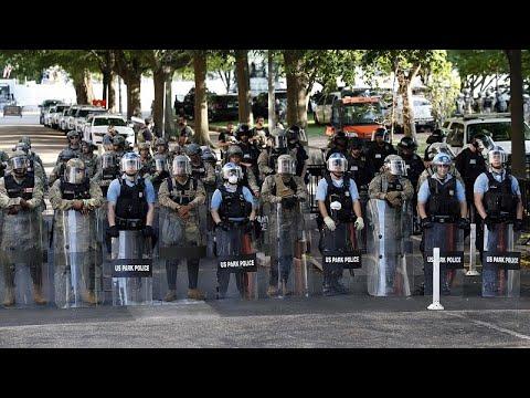 ΗΠΑ: Συνεχίζονται οι διαδηλώσεις για την δολοφονία Φλόιντ…