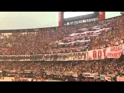 Todos los domingo a la tarde yo vengo alentarte🎶 - Los Borrachos del Tablón - River Plate