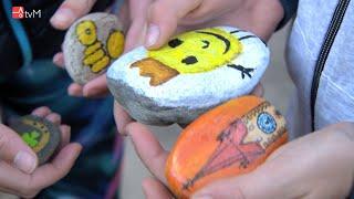 Náhled - Pátrání po malovaných kamíncích