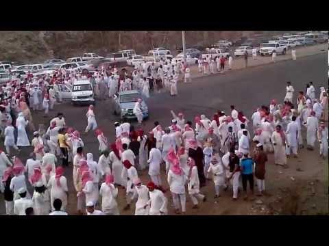 Арабский дрифт в толпе зрителей – Хагвала! ВИДЕО
