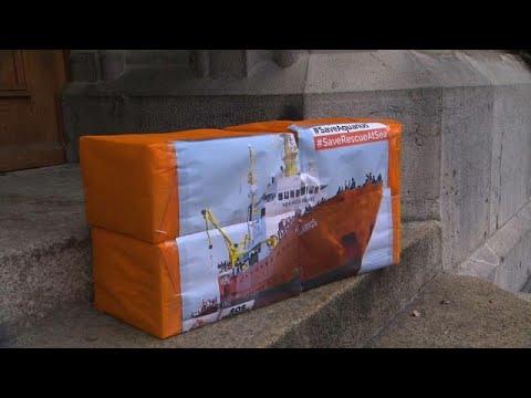 Schweiz: 27.000 Unterschriften - die