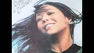 Yvonne Elliman videoklipp Hello Stranger