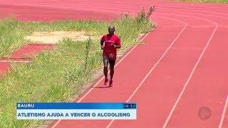 Homem supera vício em álcool e coleciona títulos no atletismo