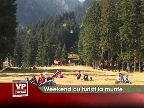 Weekend cu turişti la munte