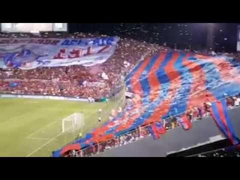 Cerro porteño vs acletico nacional en Asunción recibimiento de la mejor hinchada del país - La Plaza y Comando - Cerro Porteño