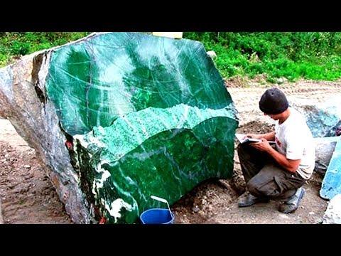 Những viên đá quý trị giá hàng triệu đô từng được tìm thấy