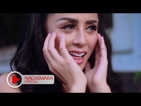 Download Lagu Selvi Kitty - Cintaku Sekuat Tiang Listrik (Official Music Video NAGASWARA) #music Music Video