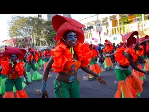 Buntes Treiben: Karneval auf Haiti - Auszeit von ak ...