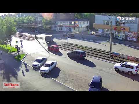 ДТП в Бийске на улице Васильева