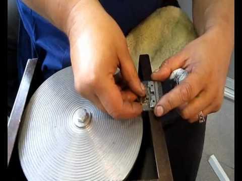 Станок для заточки ножей машинки для стрижки своими руками