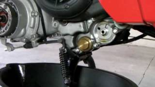 8. Vespa LX 150 Engine Oil Change (How to)