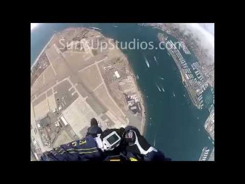 sky dive - Navy Seals Skydive Parachute POV with GoPro Helmet Cam. US Military Soldiers.GoPro AWESOME Helmet-Cam! BEST Hero! US NAVY SEAL uses his legs and momentum to ...