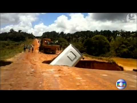 Bus falls through crater in Brazil and then floats away