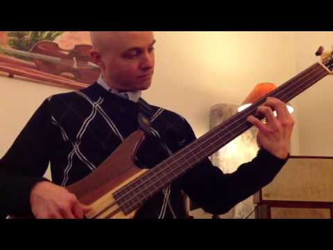 How to play Continuum by Jaco Pastorius