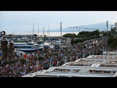 Βαρκελώνη: Διαδήλωση κατά της τρομοκρατίας
