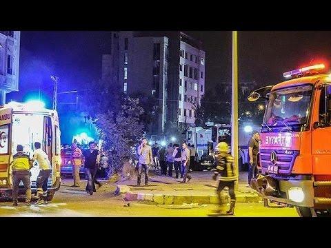 Νέο μπαράζ αιματηρών επιθέσεων στην νοτιοανατολική Τουρκία