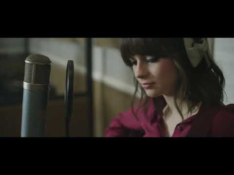 Tekst piosenki Gabrielle Aplin - Stranger Side po polsku