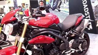 9. 2018 Triumph Speed Triple 1050 SE Special Lookaround Le Moto Around The World