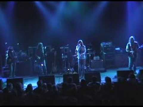 Video The Black Crowes - She Talks To Angels - November 7th, 2006 download in MP3, 3GP, MP4, WEBM, AVI, FLV January 2017