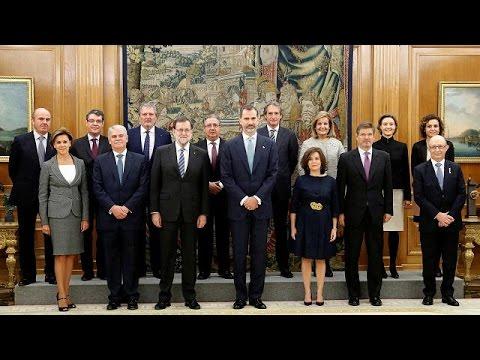 Ισπανία: Ορκίστηκε η νέα κυβέρνηση του Μαριάνο Ραχόι – world
