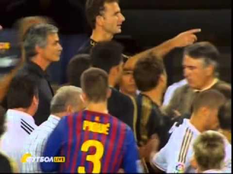 Jose Mourinho ATTACKED Barcelona coach Tito Vilanova!! BEST QUALITY!!! (видео)