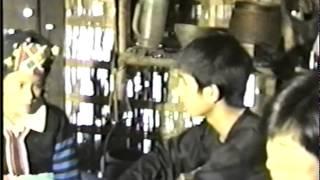 Hmong Old Movie... Ua Tsaug rau nej sawv daws tau nrog peb saib zaj movie thaum pib txog nthua thaum xaus....