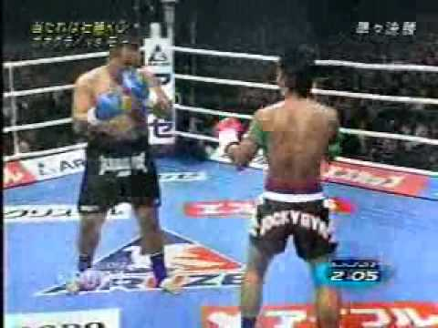 kickboxing - A GREAT KNOCKOUT MATCH FEATURING TWO TOUGH MUAY THAI FIGHTERS: 'MIGHTY' MO vS. KAOKLAI KANNENSORING.