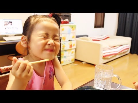 Rino - 2013年9月13日/4歳3ヶ月 We talk about an athletic meet of the next day. We asked her various questions, but she does not answer very much. We asked her to dance a d...