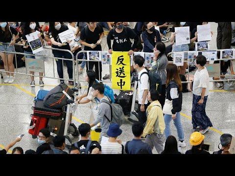 Χονγκ Κονγκ: Στο αεροδρόμιο μεταφέρθηκαν οι κινητοποιήσεις…
