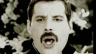 Video Freddie Mercury - Living On My Own(1993 Version) MP3, 3GP, MP4, WEBM, AVI, FLV Juni 2018