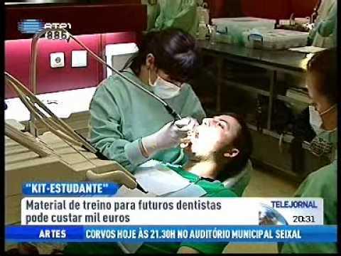 Alunos da Faculdade de Medicina Dentária de Lisboa compram kit estudante.wmv