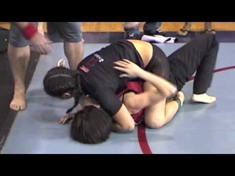 Classic Queens of Grappling - 18-Year-Old Erica Montoya Submission at Grapplers Quest Vegas 2003