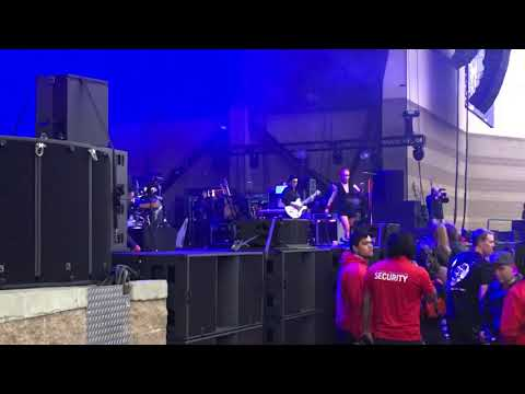 Garbage set from CalJam.  Oct6, 2018.  (First 4 songs)