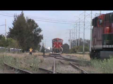 Ferromex: Encuentro de dos trenes en jocotan!!/// Two train met AC44CW vs ES44AC