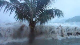 Cat Ba Island Vietnam  city photos : Tsunami in Cat Ba Island - Vietnam