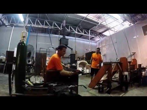 Fabricação da Cuia de Chimarrão em Cristais de Gramado.