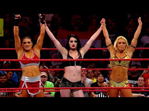 WWE RAW: Paige Returns And Drops Sasha Banks & Alexa Bliss PLUS Roman Captures IC Gold
