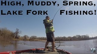 Video Lake Fork Bass Fishing: High, Dirty, Spring Water! MP3, 3GP, MP4, WEBM, AVI, FLV Oktober 2018