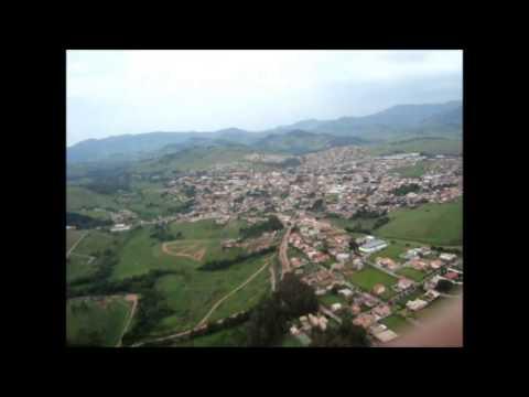Vôo no Pico do Machadão em Paraisópolis-MG 29/12/2012