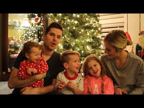 Christmas with the Crosbys! Our Last Tuesday Video. - Thời lượng: 8 phút, 19 giây.