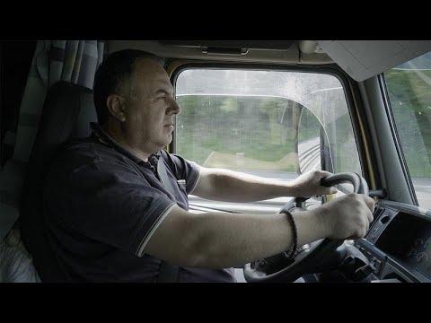 Ο αθέατος ευρωπαϊκός πόλεμος: Οι οδηγοί φορτηγών και το μισθολογικό χάσμα Ανατολής-Δύσης…
