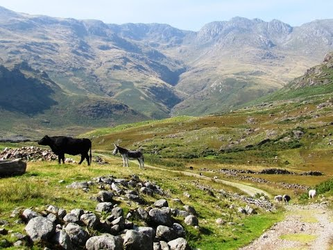 Great Langdale – Crinkle Crags from Dungeon Ghyll round | cumbria  Walks