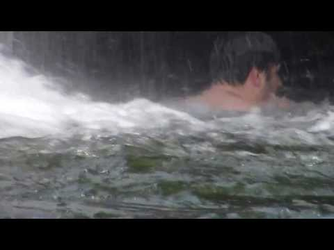 Cachoeira em Pirenópolis - Goiás